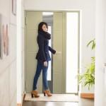 Bezpieczne drzwi bez klucza firmy Wiśniowski